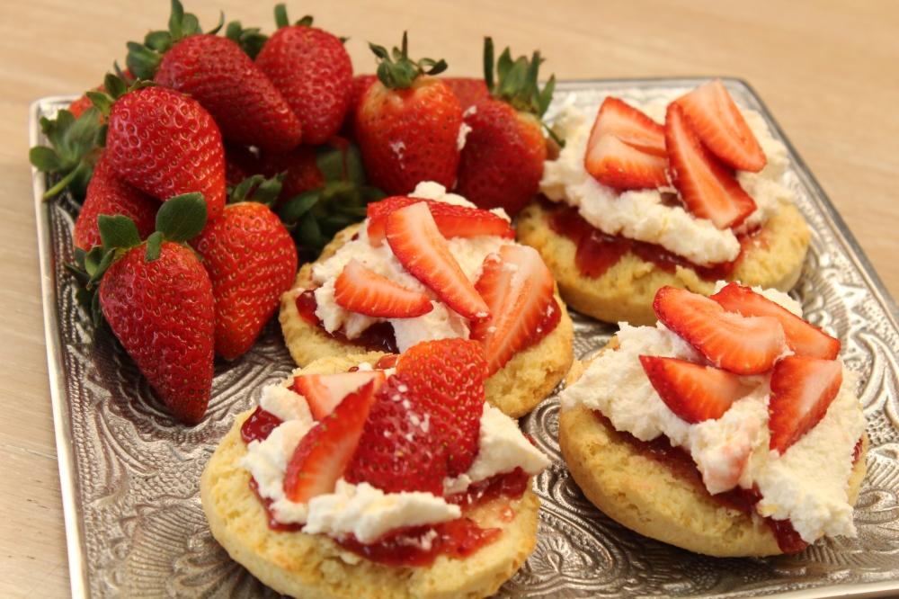 Yudhika's Strawberry Cream Scones...