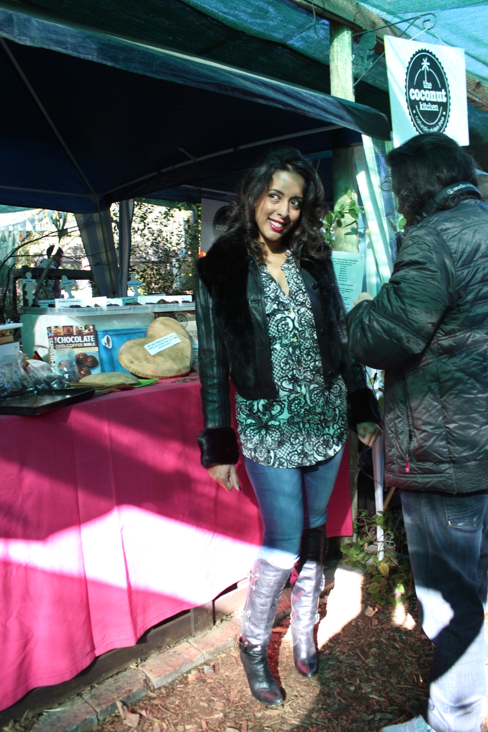 Yudhika visits the Fourways Farmers Market on SABC 2's Mela...