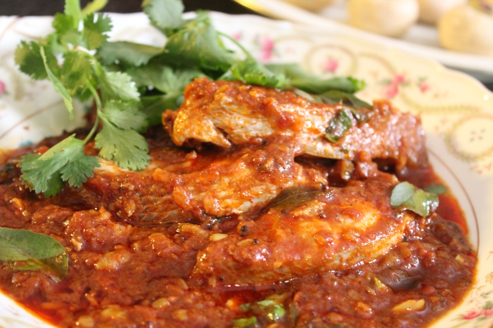 Durban Fish Curry by Yudhika Sujanani